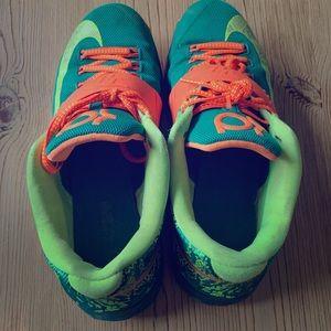 KD Nike men shoes size 9